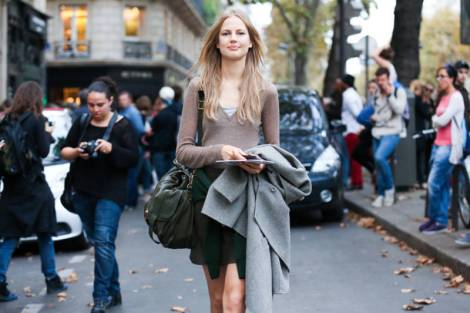 elle-03-pfw-day7-streetstyle-h-xln